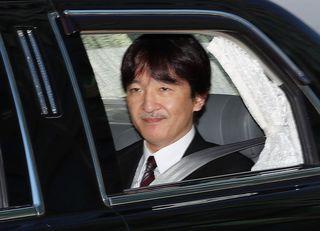 「秋篠宮発言」を招いた安倍首相の逃げ腰
