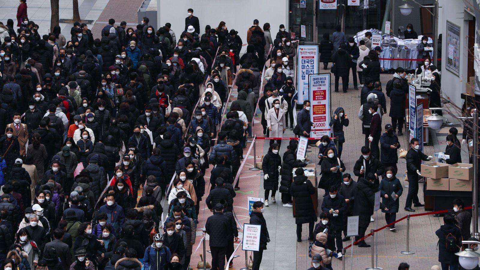 新型コロナ禍で資金流出「崩壊した韓国経済」の最悪シナリオ 渡航中止勧告で生産活動は大混乱に
