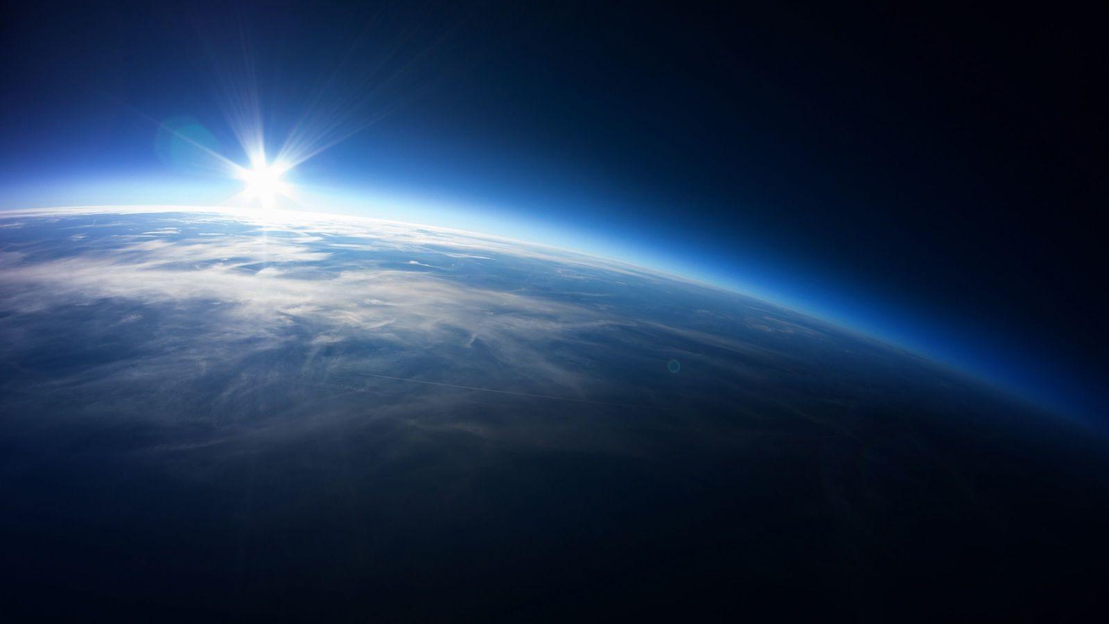 宇宙から帰ってきた人はなぜ性格が変わるのか 「重力」に気づくと、人生観も変わる