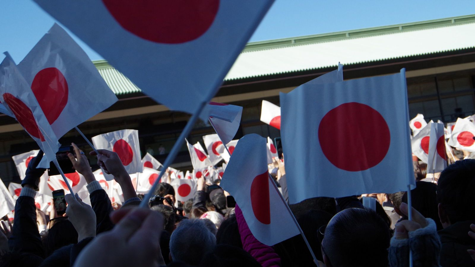 日本企業は外からは謎な「闇ルール」が多すぎる 「ムラの論理」を外にも求める