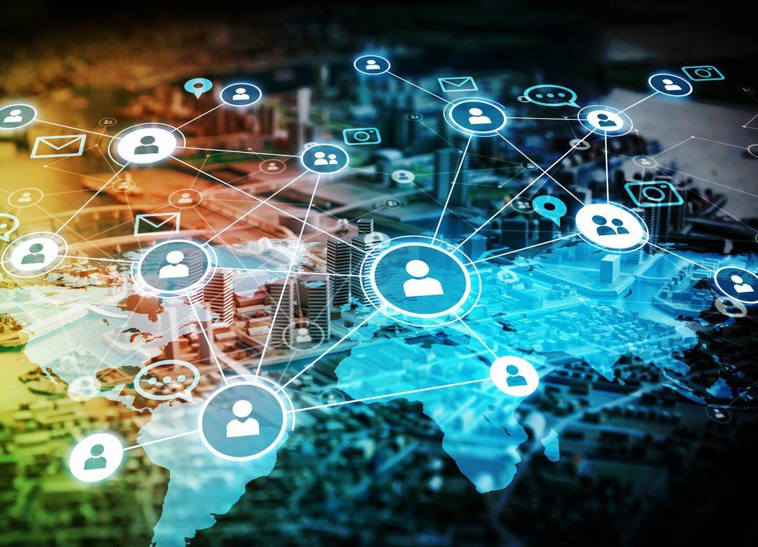 KDDIはトヨタと「IoT世界基盤」を狙う 通信とライフデザインの融合とは