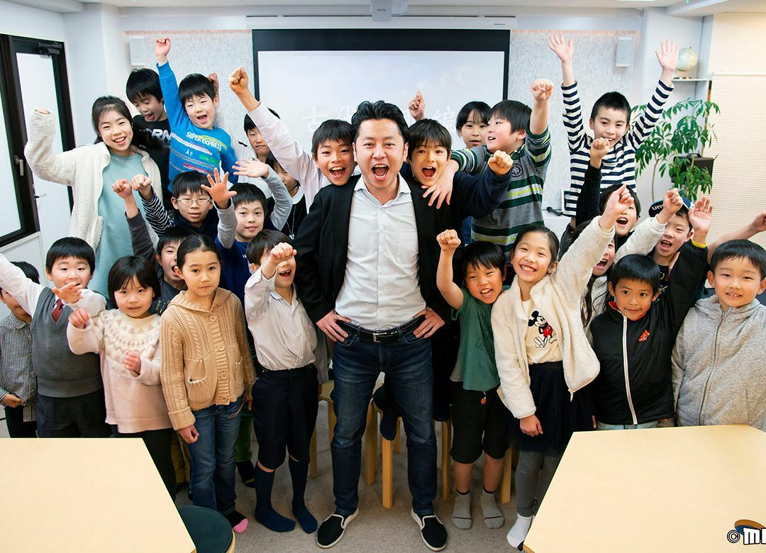 """子供が熱狂する""""勉強を教えない塾""""の正体 目指すのは「教育のディズニー」"""