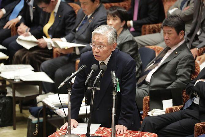 衆院予算委員会で答弁する政府参考人の前田晃伸NHK会長