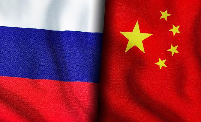 ロシアと中国の国旗
