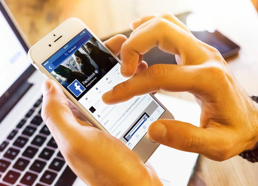 年収500万未満の3割はSNSフォロワー0人 収入高い人ほどフェイスブック好き