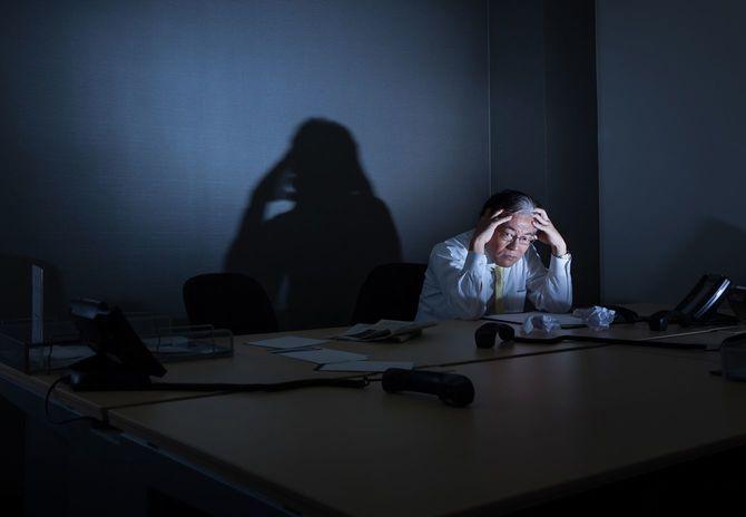 ストレスのたまったビジネスマン