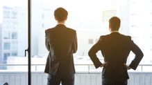 「直接会わなきゃ始まらない」という昭和上司を、リモート営業に踏み出させる最初の一歩とは