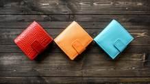 なぜキャッシュレス時代は、小さい財布を持つとお金が貯まりだすのか