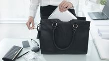 仕事と人生がうまくいく人の鞄と財布の特徴3
