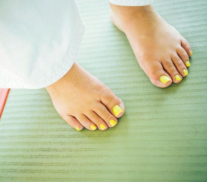 沙羅選手の手足の爪には、マニキュアとペディキュアが
