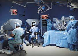 「神の手」のかわりにロボット。「外科医」ではなく内科医。変わる外科治療