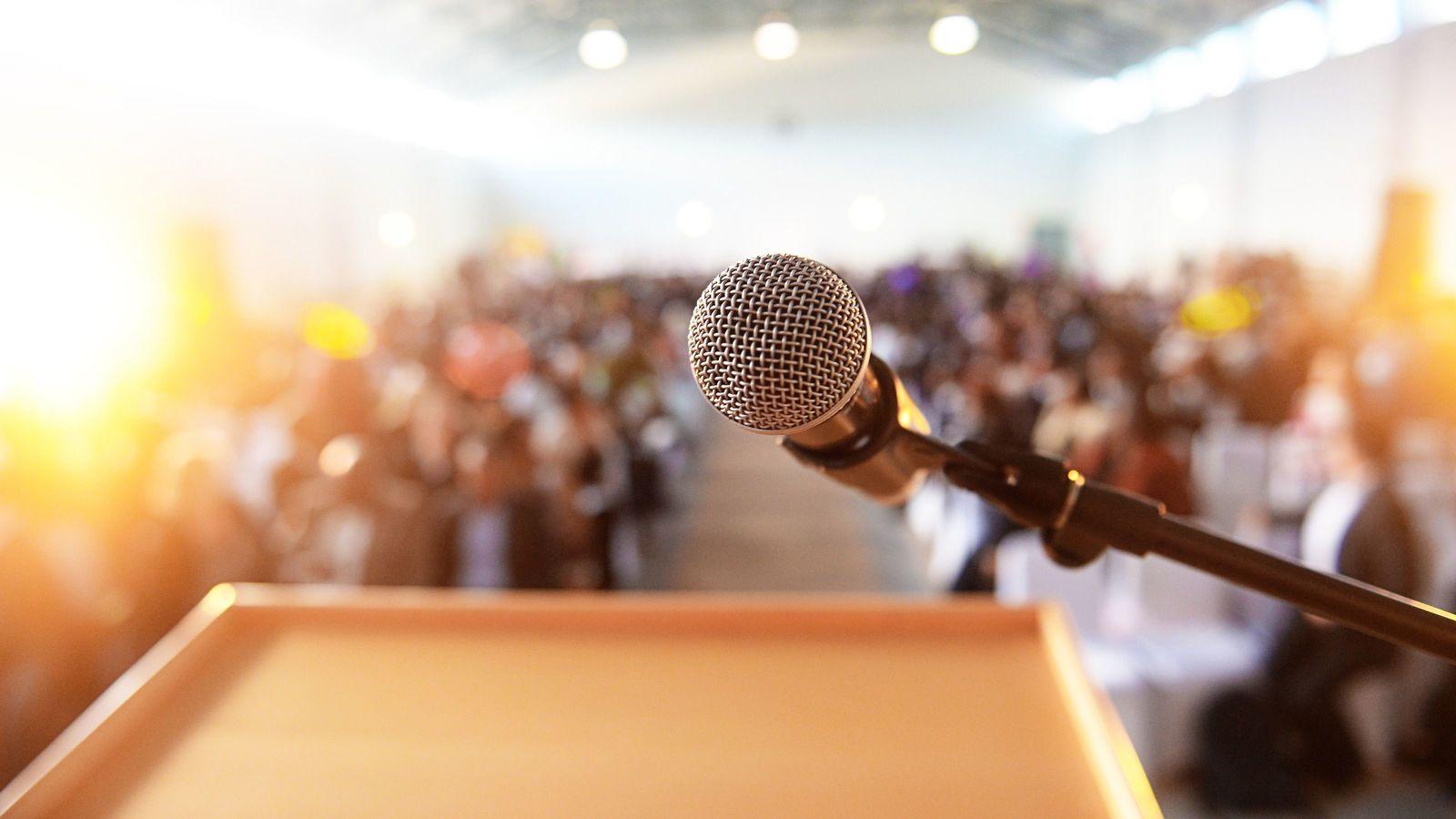 スピーチが下手な人は「最初の7秒」でスベる 「つかみ」が劇的にアップする4方法