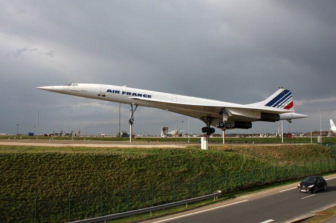 パリCDG空港に観光用として展示されているコンコルド(2010年3月)