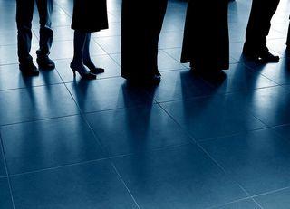 「働き方改革」は景気に悪影響を与えるか