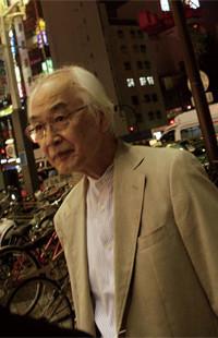<strong>柳田邦男</strong>●1936年、栃木県生まれ。NHK記者を経てノンフィクション作家に。72年、『マッハの恐怖』で第3回大宅壮一ノンフィクション賞、79年、『ガン回廊の朝』で第1回講談社ノンフィクション賞、95年、『犠牲(サクリファイス)わが息子・脳死の11日』とノンフィクション・ジャンルの確立への貢献で、第43回菊池寛賞を受賞。
