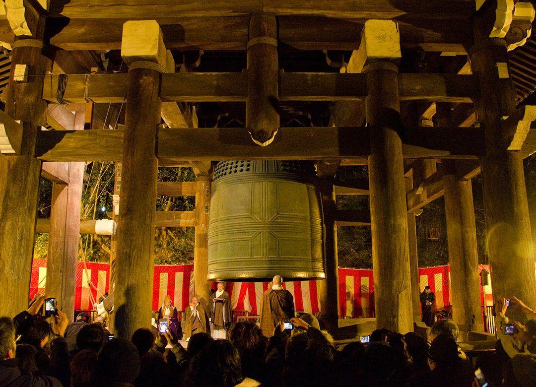 「除夜の鐘が聞けない」日本唯一の自治体 極端に寺の少ない地域がある理由