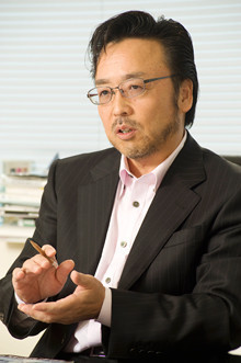国際型SPAビジネスモデルを、小売業界も模索する時代に<br><strong>神戸物産会長兼社長沼田昭二</strong>●兵庫県立高砂高校卒。1985年同社を設立して、社長に。2008年9月から現職。