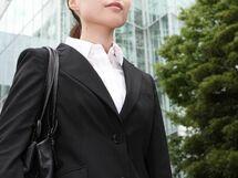 """雇用の流動化は女性の""""正規雇用""""を促進するか?"""