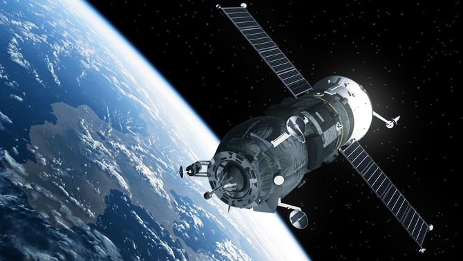 地球を周回する貨物宇宙船