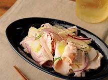 爽やかなヨーグルト風味「ゆで鶏と梨とセロリのマリネ」のレシピ