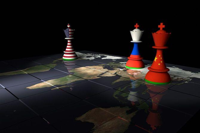 アメリカ、ロシア、中国チェス