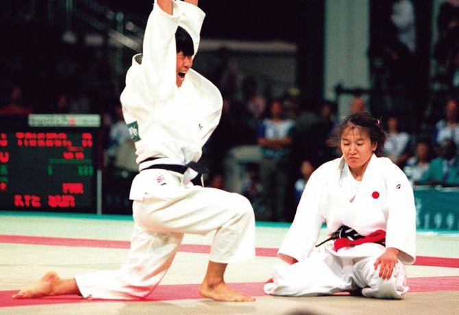 1996年、アトランタ五輪の柔道女子48kg級決勝で判定負けを喫した。