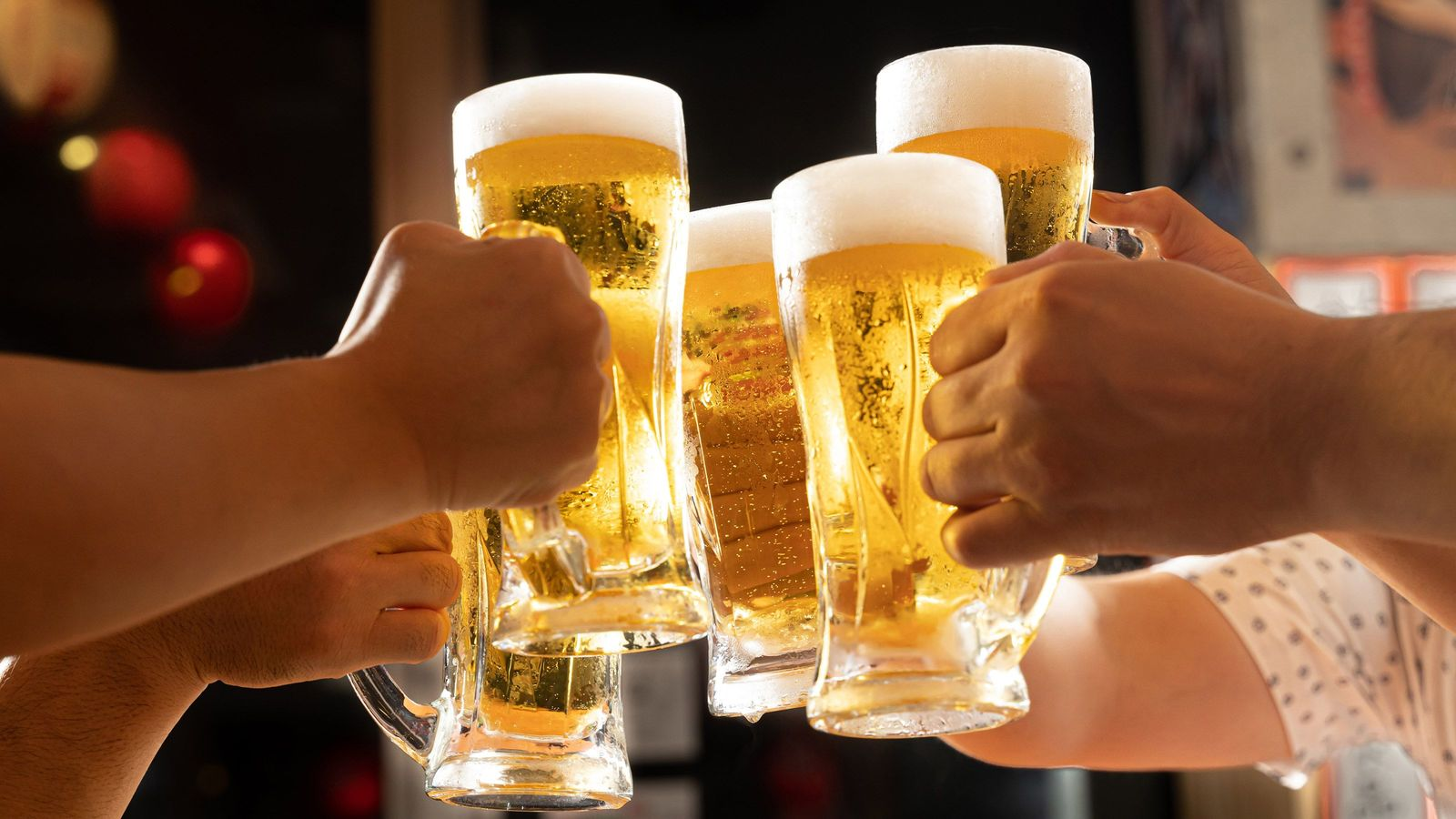 お酒が大好きな医師が守る「二日酔いにならない飲み方」 「酒1杯に対し、水1杯」を守る