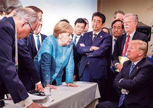 安倍外交の限界「演出ばかりで中...