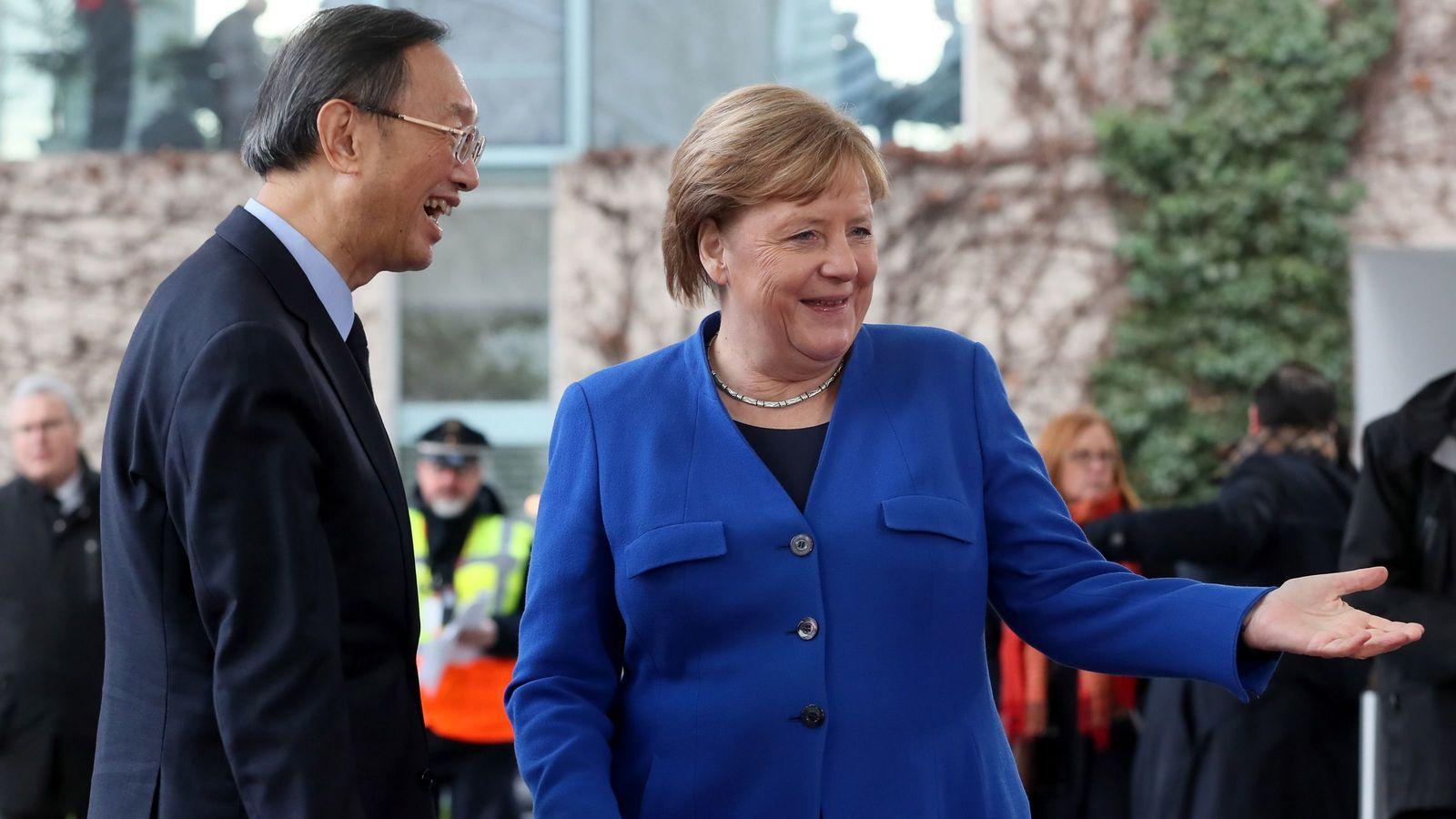中国依存に苦しみ続ける「ドイツの超長期政権」の末路 「決められない政治」の行き着く先