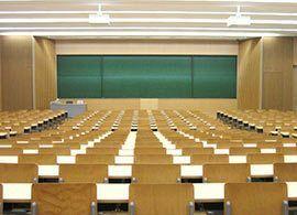 「G型大学×L型大学」一部のトップ校以外は職業訓練校へ発言の波紋