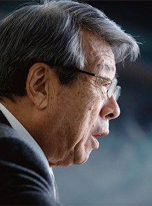 <strong>牛尾治朗</strong> うしお・じろう●1931年、兵庫県生まれ。53年東京大学法学部政治学科卒業、東京銀行入行。カリフォルニア大学大学院留学を経て、64年ウシオ電機を設立し社長に就任。79年会長。日本青年会議所会頭、経済同友会代表幹事、内閣府経済財政諮問会議議員、社会経済生産性本部会長などを歴任。