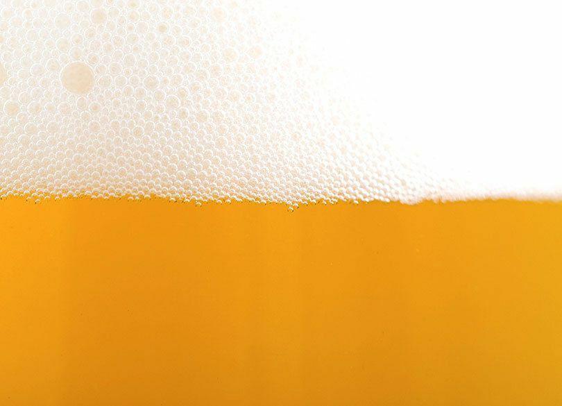 酒税見直し先送りで、笑ったビール会社、泣いた会社