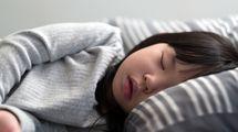 最新の研究が明かす「子どもは何歳から一人で寝るのがいいのか」