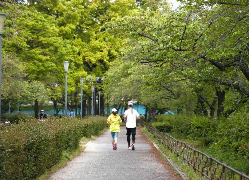 ジョギングは危険? 休日に体を鍛えるなら、何をするべきか