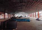 工場は2棟あったが、いずれも建て替えなくてはならない。1棟を補強して仮工場として使う間、もう1棟の建設が進む。