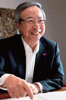 <strong>味の素 社長 伊藤 雅俊</strong> いとう・まさとし●1947年、東京都生まれ。71年慶應義塾大学経済学部卒、味の素入社。95年食品部長、99年取締役、2003年味の素冷凍食品社長、05年味の素専務、08年食品カンパニープレジデント。09年より現職。