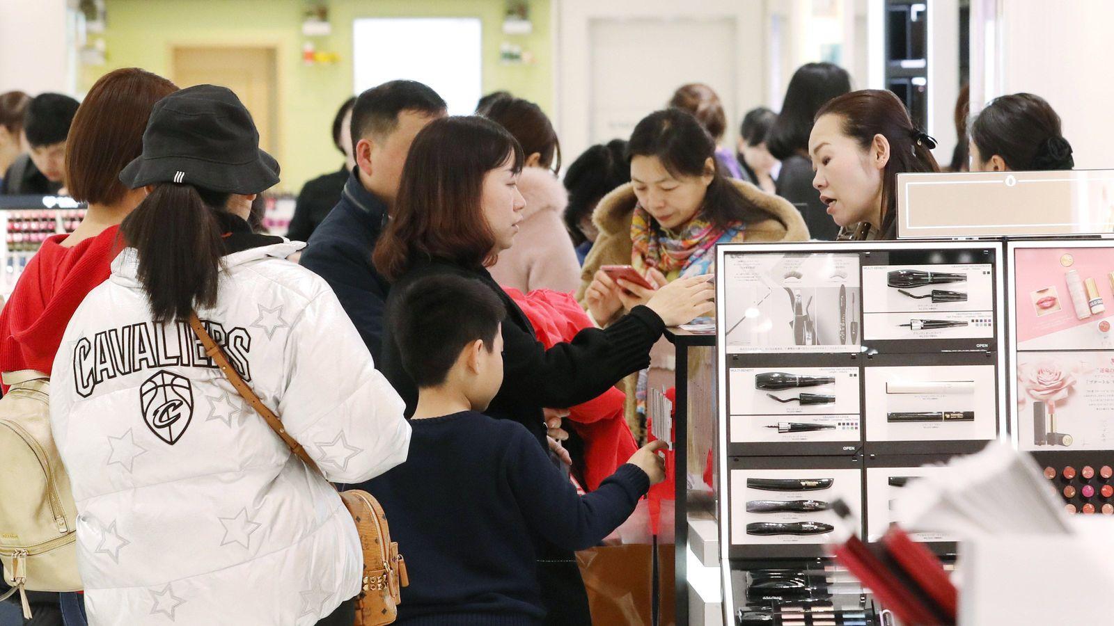 """""""月収20万""""でも東京で豪遊する中国若者の正体 家賃も相続税もないから全額使える"""