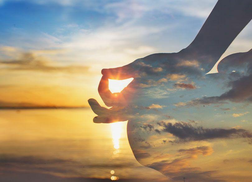 デキる人は「瞑想」で自己肯定力を上げる 「自分の内面の声」を聞く方法とは