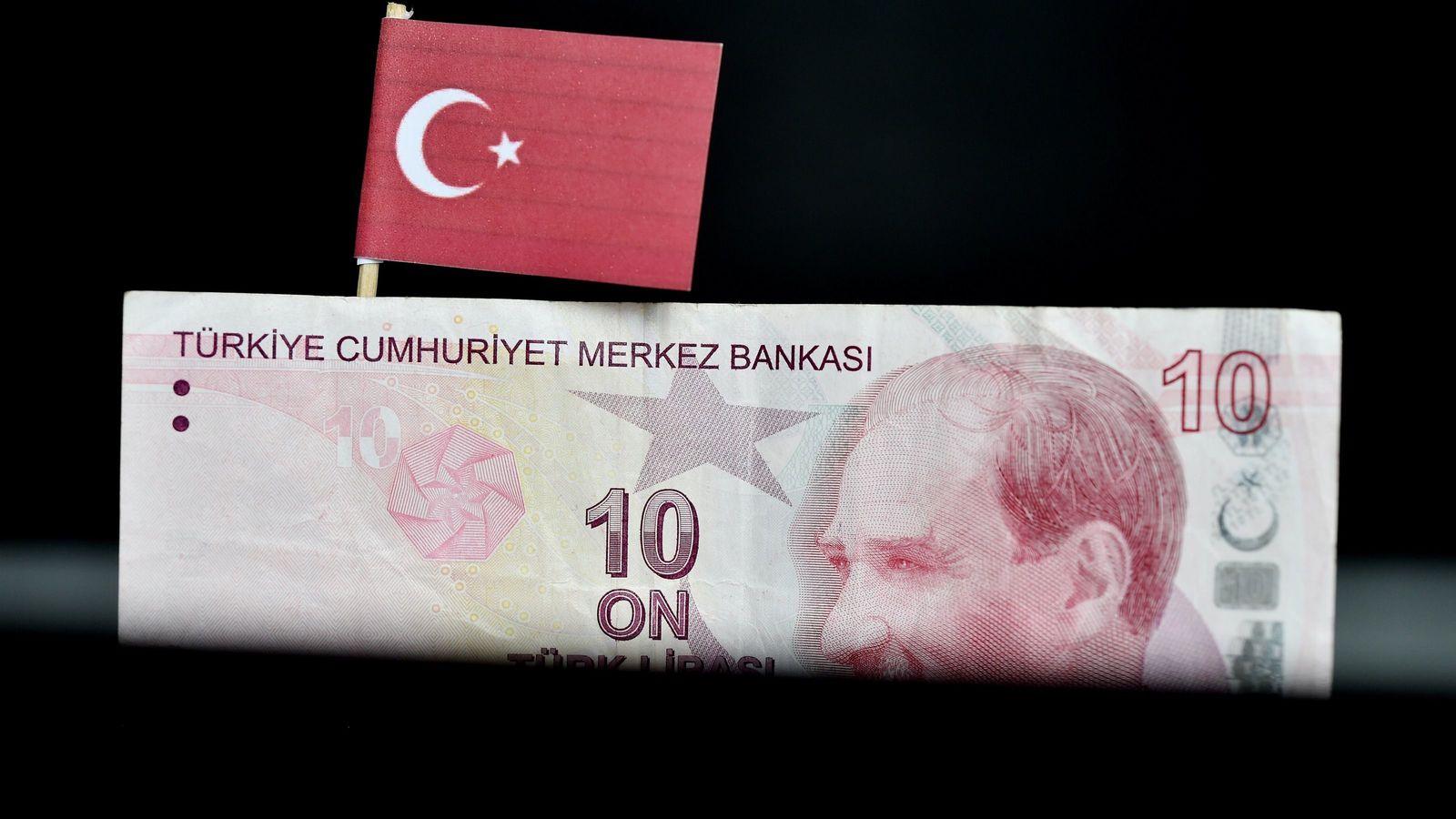 「世界金融危機の予兆」あのトルコリラが史上最安値を更新した意味 どの新興国がトリガーを引くのか