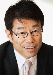 <strong>金丸恭文●フューチャーアーキテクト会長</strong><br>1954年生まれ。神戸大学工学部卒業。TKC、ロジック・システムズ・インターナショナル勤務などを経て、89年にフューチャーシステムコンサルティング(現在のフューチャーアーキテクト)を設立。また、経済同友会副代表幹事、金融審議会委員などの公職も務めている。