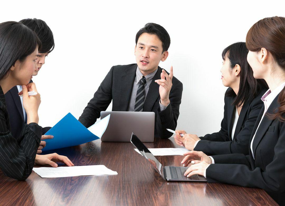 他人の意見に便乗し自分を輝かせる方法  ノープランでも会議で賢く見せる