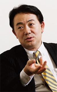 <strong>池田史郎</strong>●マーケティング本部本部長。1956年生まれ。80年北海道大学農学部卒業、アサヒビール入社。お客様生活文化研究所所長などを経て、現職。
