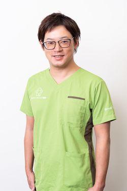 「ファミリークリニック越谷」の西田雄介医師