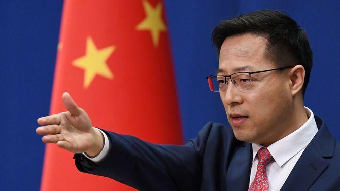 中国外務省の趙立堅副報道局長(中国・北京=2020年4月8日)