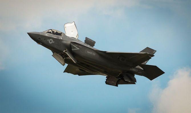 F-35BライトニングII