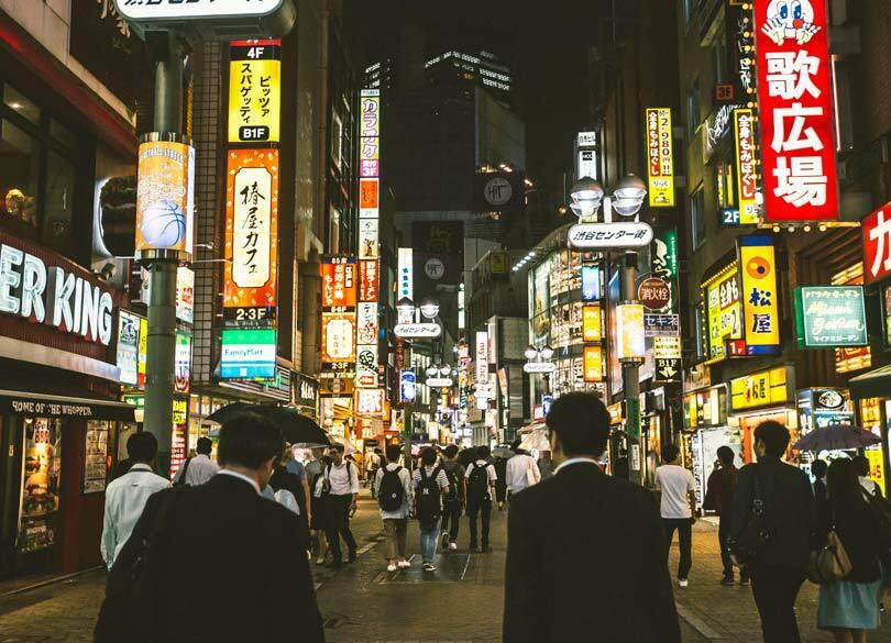 """牛丼店の深夜バイトが留学生ばかりなワケ 借金返済で""""違法就労""""を続ける事情"""