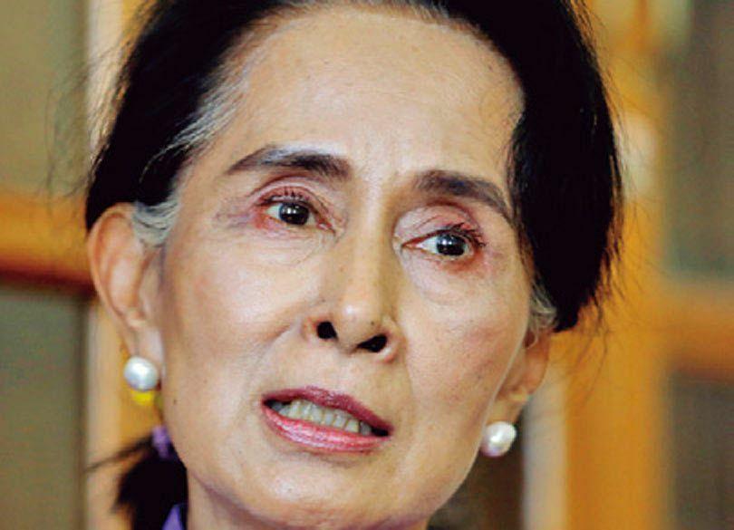 ミャンマーに民主派政権誕生、アウンサンスーチーは国をどう導くか