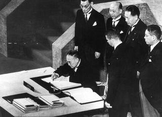 憲法9条は「集団的自衛権」を認めている