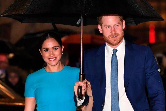 ヘンリー英王子(右)とメーガン妃(イギリス・ロンドン=2020年3月5日)