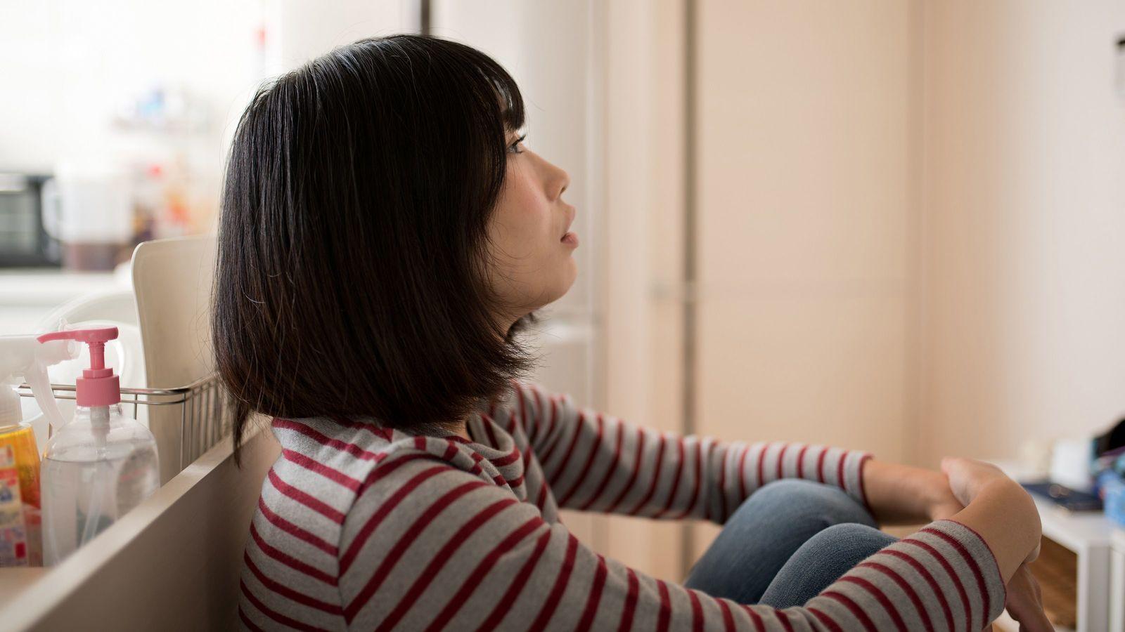 うつ女性「月6.5万円の障害年金」再開への執念 新しい担当医の診断書で支給停止に
